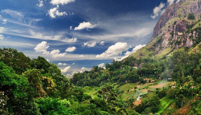 Mountain valley Sri Lanka