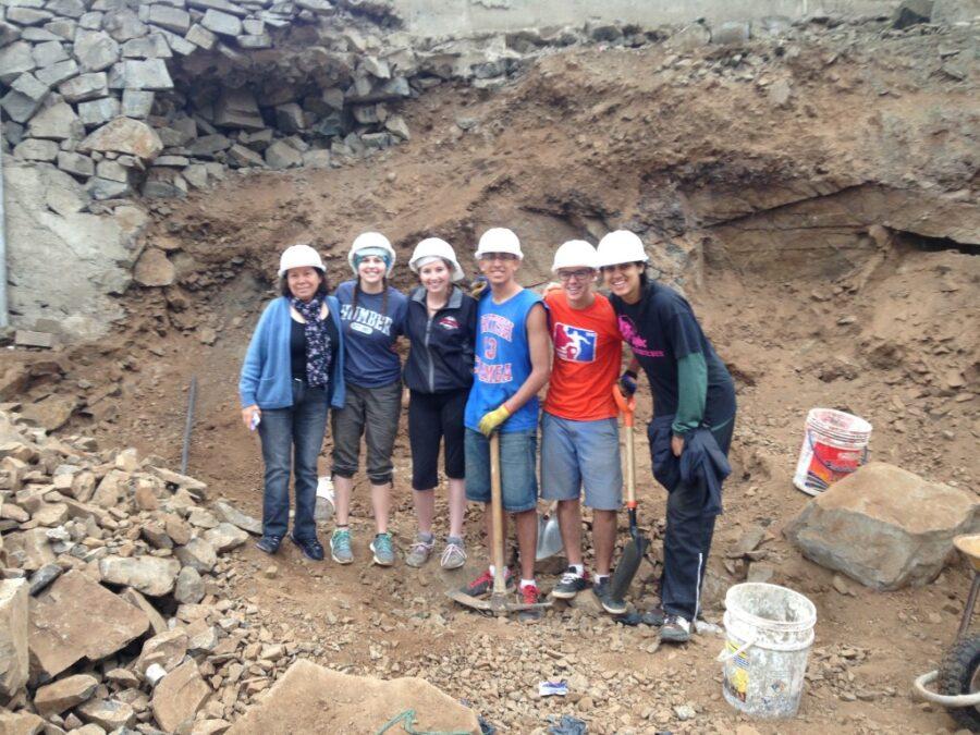 DWC volunteers working in Nepal